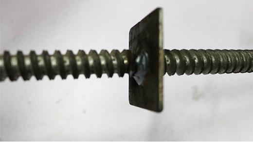 定制M16穿墙螺杆1米的一根多少钱?