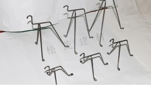 吊模支架的固定方法