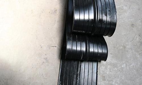 中埋式橡胶止水带3-1