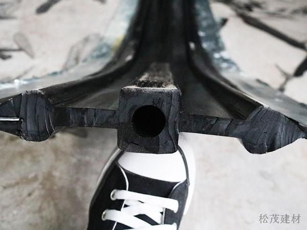 钢边式橡胶止水带2-1