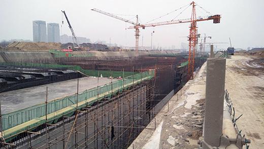 重庆中铁五局地铁项目 见证松茂M14组合式对拉止水螺杆的质量